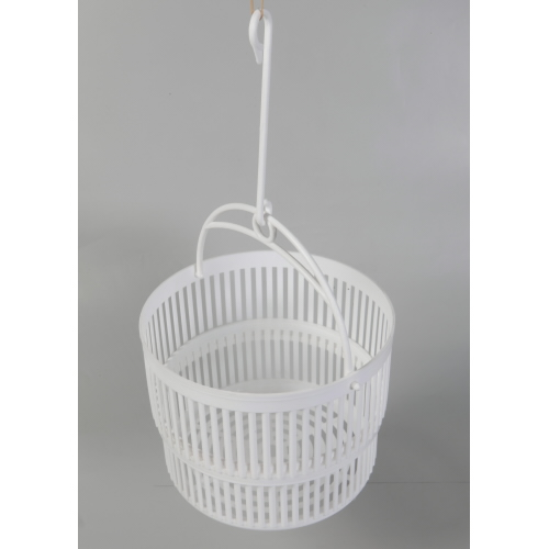 Basket for pegs