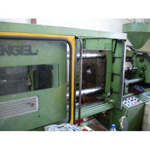 Шприцавтомат ENGEL тип ES150ST От Зиесто АД